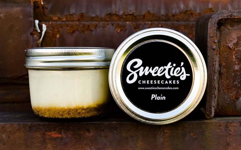 Elegant Custom Product Labels for Sweetie's Cheesecakes hit
