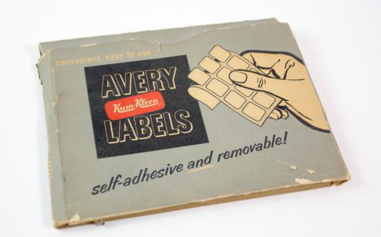 StickerGiant-shares-an-image-of-original-avery-labels